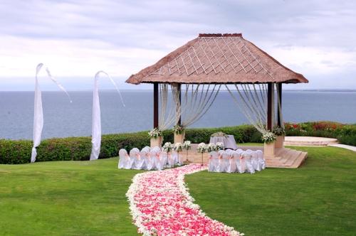 巴厘岛蜜月婚礼仪式阿雅娜/蓝点教堂/天空教堂婚礼(2人私密婚礼仪式)