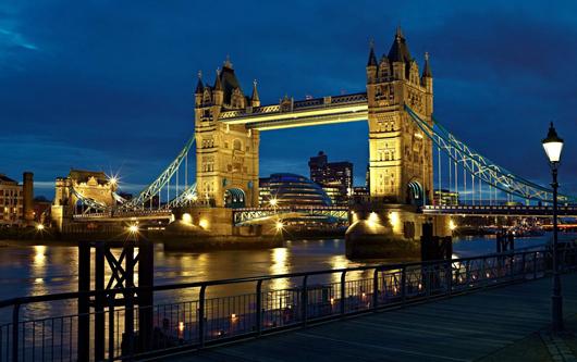 伦敦市人口_伦敦 最高 跑道 上班族楼顶跑步锻炼