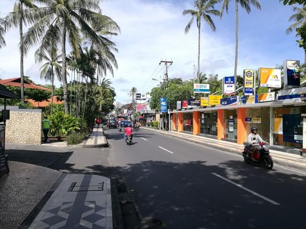 远离城市的喧嚣与嘈杂,体会最原始的风景与纯朴的巴厘岛人民,好不想