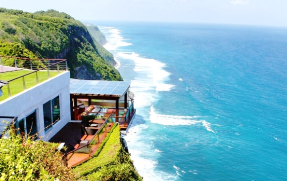 艾吉悬崖酒店 巴厘岛专业高级私人别墅 望着壮丽的巴厘岛大海 欣赏这