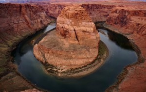 【亚利桑那州图片】美西掠影--图记鲍威尔湖和马蹄湾