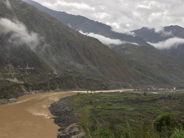 怒江大峡谷旅游第二日 六库 老姆登 福贡