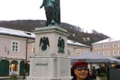 东欧六国之旅...游奥地利莫扎特故居及塑像风景区记