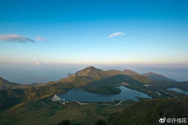 是闽东第一大岛屿,福建第三大海岛,是福建省最早接受晨曦的地方.