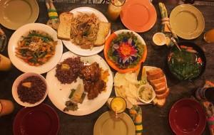 薄荷岛美食-Bohol Bee Farm  Restaurant