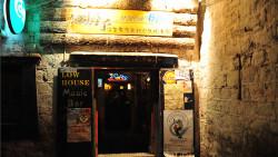拉萨娱乐-矮房子音乐(老店)