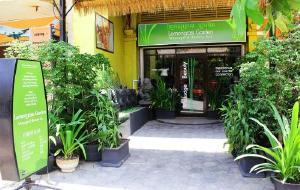 柬埔寨娱乐-Lemongrass Garden