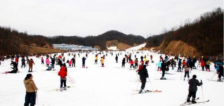 老界岭滑雪场