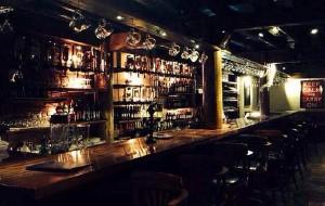 香格里拉娱乐-乌鸦酒吧