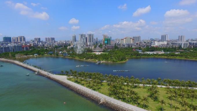 湛江霞山观海长廊,海滨公园图片