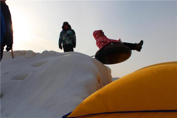 【哈尔滨】艾斯沃德冰雪欢乐岛门票,真正高大上的雪上