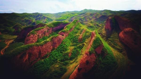 自治区旅游 西吉旅游攻略 西北印象之旅:中国海拔最高的丹霞山火石寨